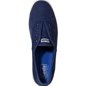 KEDS - Chillax Slip on Sneaker